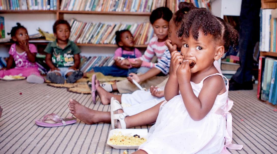 南アフリカ共和国に暮らす貧困層の子供たち